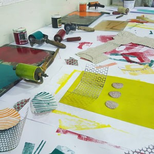 Monoprinting on Fabric at Letchworth Settlement
